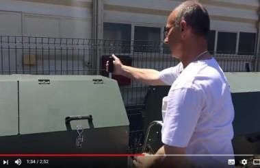 Découvrez en vidéo comment utiliser des composteurs rotatifs dans un collège